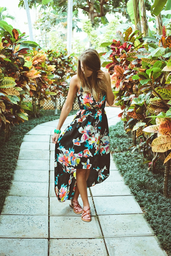 Au Natural: Hawaii Outfit 2 - Twenties Girl Style