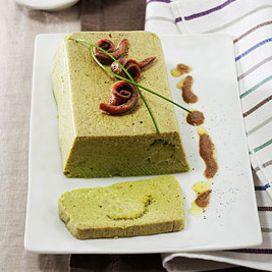 Sformato di broccoletti con salsa di acciughe