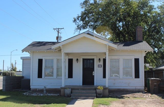 $80k 3bd/1ba 1,176 sqft. detached garage. wdn fencing. duct issue. blk bdrm. next to Koenigheim st. cntrl H/A yes, installed 2012.  Fridge & stackable washer & dryer convey with acceptable offer. 403 W Ave C.