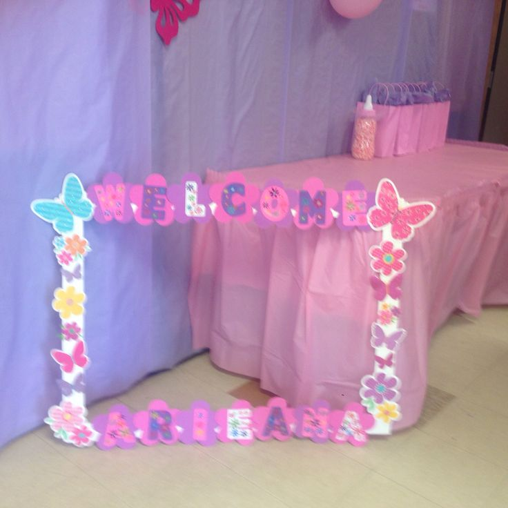 giant picture frame for baby shower