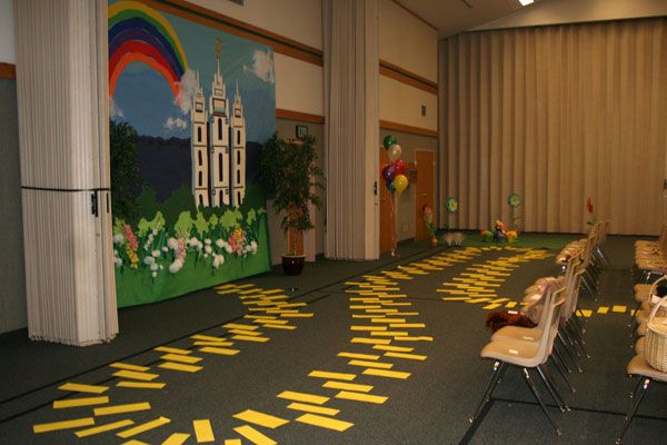 """follow the yellow brick rock...(temple skit)... could use idea on our """"road to virtue"""" girls camp theme."""