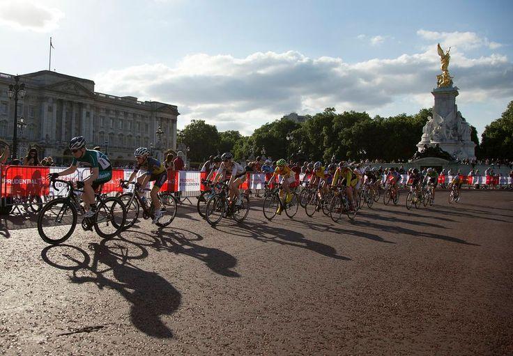Buckingham Palace / Daily Peloton - Pro Cycling News