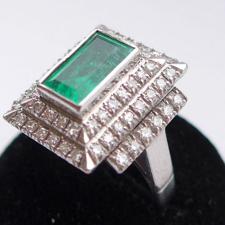 Fabulous Art Deco Style Emerald Ring Wow this is a real show-stopper bling ring Soemthing that will definately get noticed I love the fabulous shaped