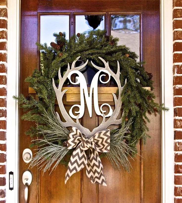 holiday christmas antler wreath - 736×820