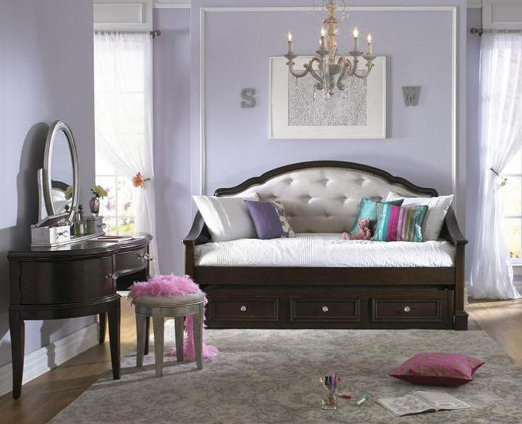 upholstered white daybed
