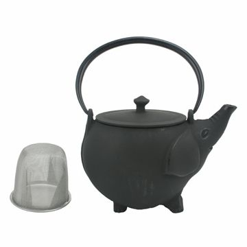 We Came Across This Cute And Unusual Cast Iron Teapot