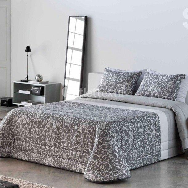 Edredón Conforter LEIRE de la firma Sandeco. Este nuevo edredón está confeccionado en tejido jacquard y presenta un diseño clásico ideal para aquellos que busquen una ropa de cama sencilla.