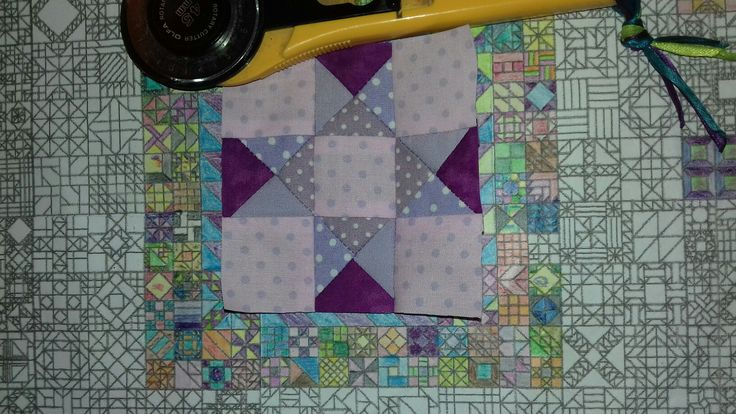 April 22 - Aunt Eliza's Star this concludes the 3 inch blocks for the first border from tomorrow some 6 inch blocks #365 #KathyKerr