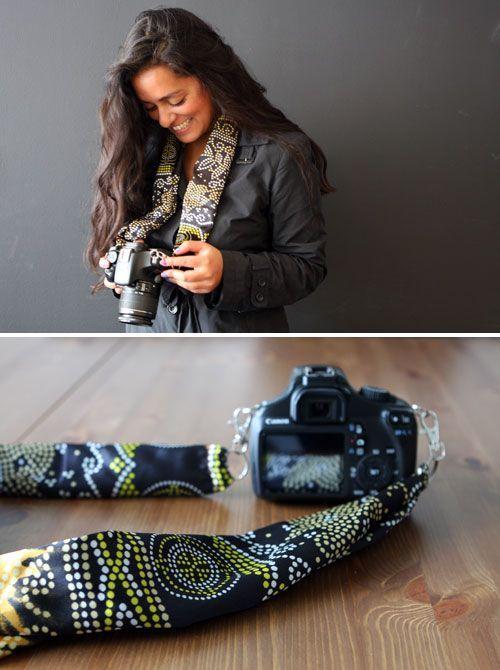 Comment fabriquer un sangle d'appareil photo originale avec un foulard, DIY pour faire une bandoulière pour son appareil photo avec un foulard.