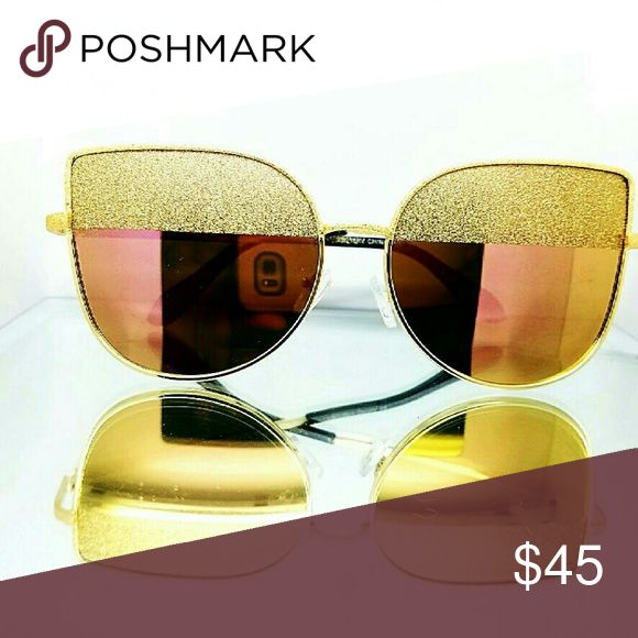 Aviator Sunglasses These custom Aviator sunglasses are just the best! It has a cool mirror lens with lots of gold bling touches to it. Accessories Sunglasses
