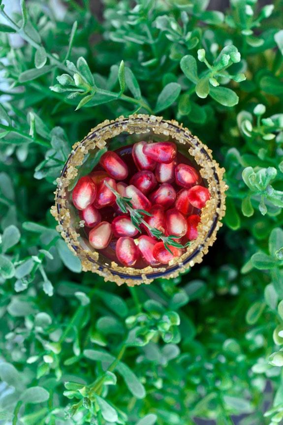 Pomegranate Cosmo Jello Shots | Blame it on the Alcohol;) | Pinterest