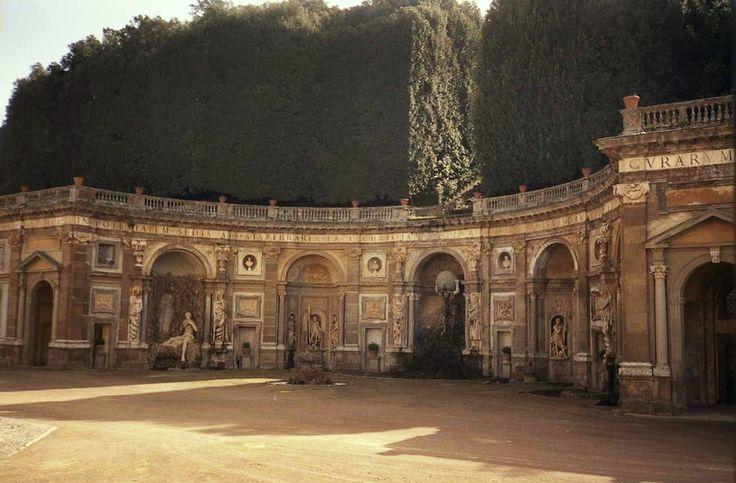 """""""Teatro del agua"""" (the theater of waters)    The Belvedere, Villa Aldobrandini in Frascati , Italy."""