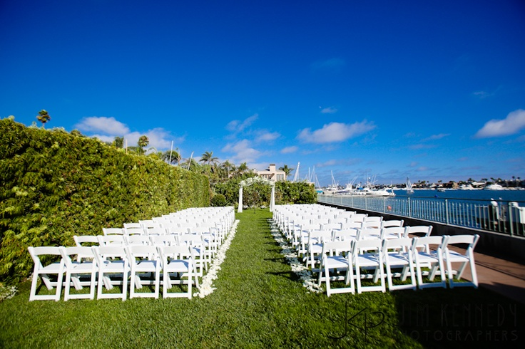 Gorgeous day for a wedding on the lawn at balboa bay for Balboa bay resort