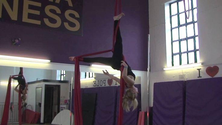 Aerial Silks Beginner Routine - Gourgeous and breathtaking <3
