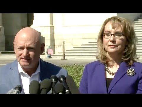 Mark Kelly And Gabby Giffords Call For Action On Guns After Las Vegas Massacre - YouTube