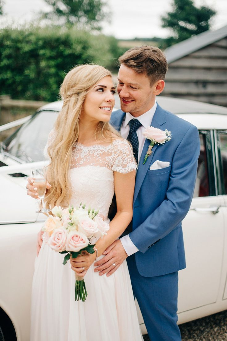 A Naomi Neoh Gown for a Romantic, Handmade and Rural Cripps Barn Wedding