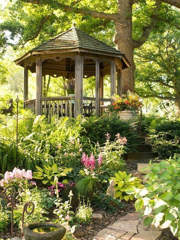 Quel kiosque de jardin pour le cour de vos rêves?   Bling Bling ...