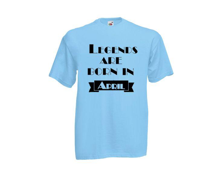 Legends are born in ...feliratos férfipóló.Kerek nyakú, rövid ujjú póló. A póló Fruit of the Loom márka 100% pamut.Elején felirattal.Hónap felirata választható.