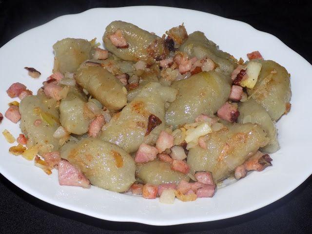 magiczna kuchnia Kasi: Kluski ziemniaczane kładzione