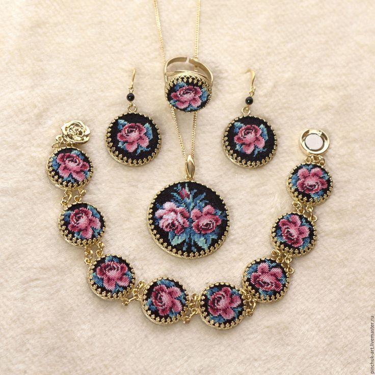 Купить Комплект серьги, кольцо, браслет, кулон - вышивка, украшения с вышивкой, украшения ручной работы