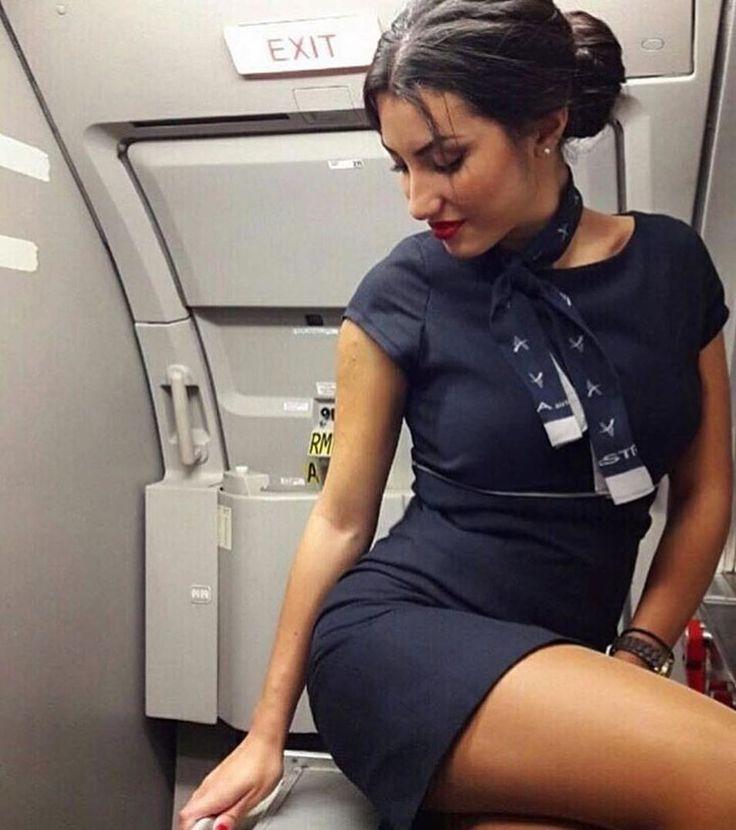 styuardessi-goryachie-foto