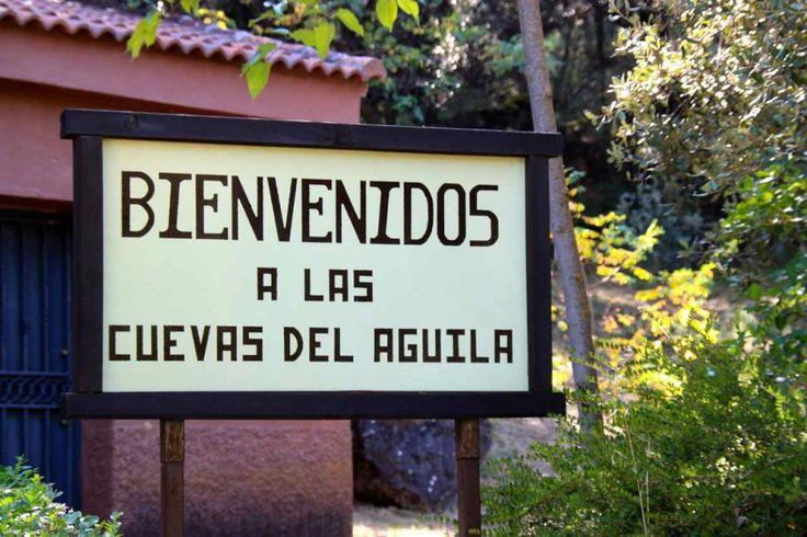 Las Cuevas o Grutas del Águila en Ramacastañas (Ávila) - El hombre que viaja.El hombre que viaja.