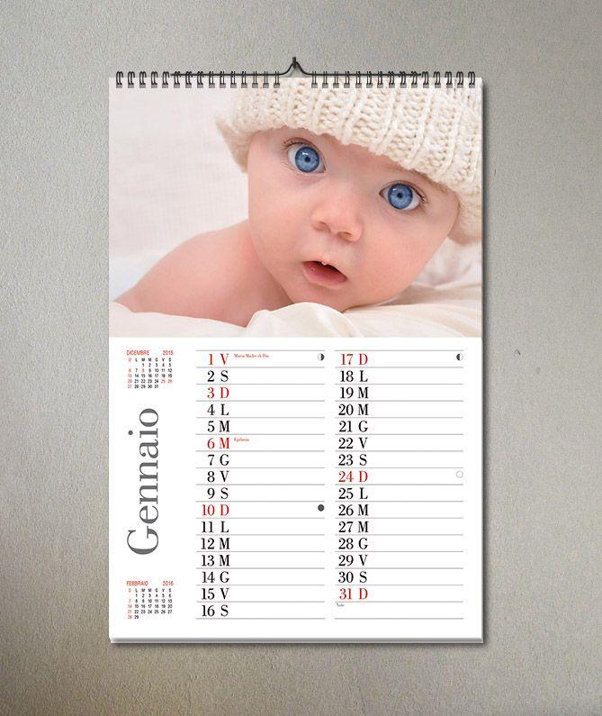 E' in arrivo il 2016 e non sapete cosa regalare ai vostri amici? Perchè non un calendario completamente personalizzato con le vostre foto più importanti? Non vi piace il font? Lo volete orizzontale? Non c'è problema! E' completamente personalizzabile! Nessun template!