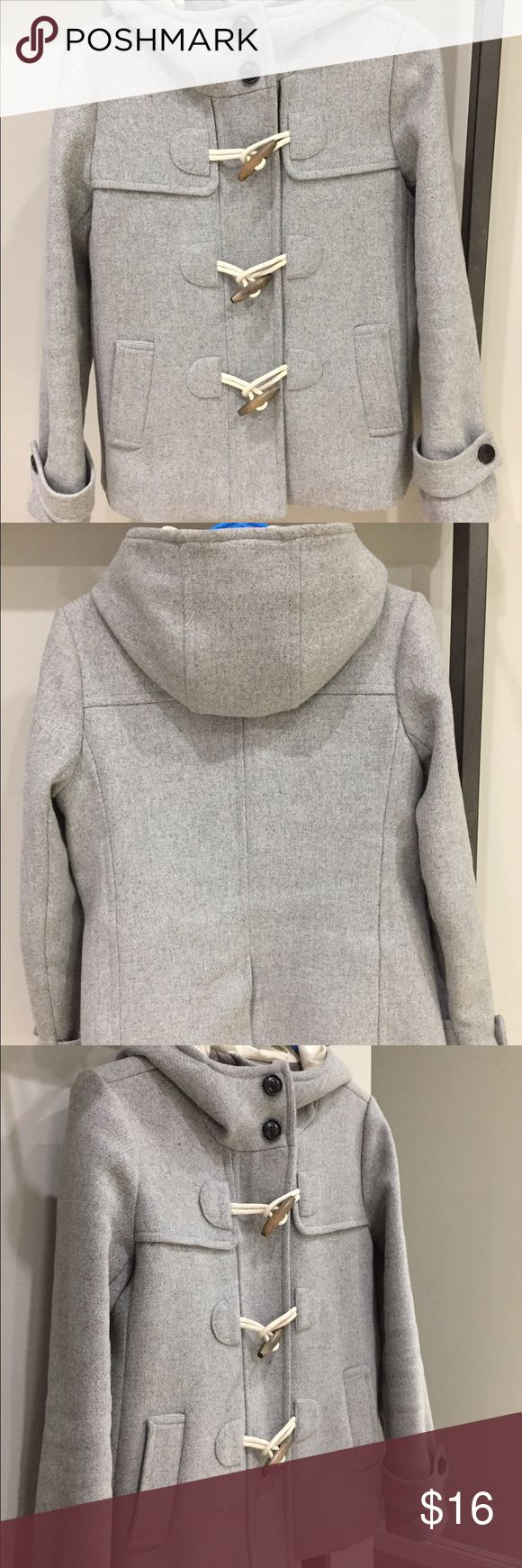 Gap coat xs Adorable grey coat with a full zipper and three classic toggles. It is in EUC and needs a new home! GAP Jackets & Coats