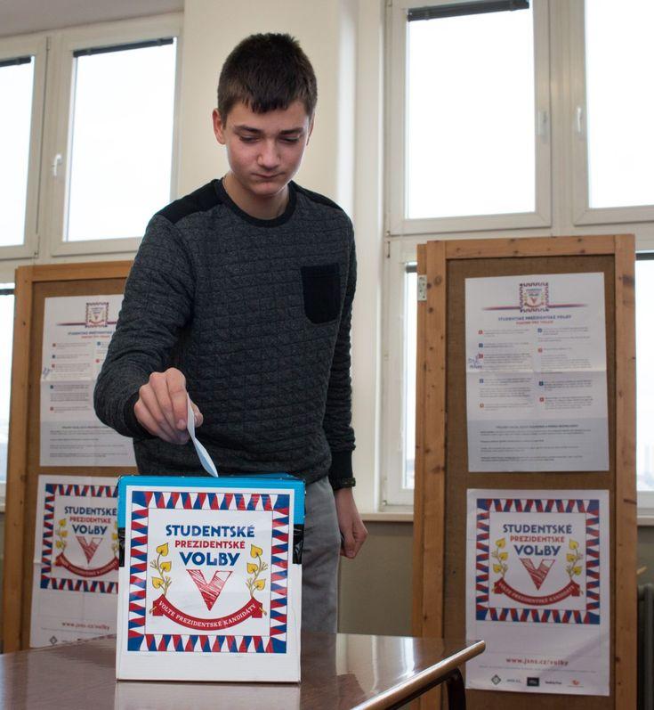 Středoškoláci vybrali za prezidenta Jiřího Drahoše - Plzeň.cz