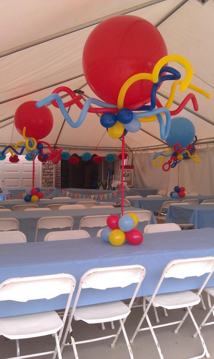 Jumbo balloon centerpiece balloons pinterest