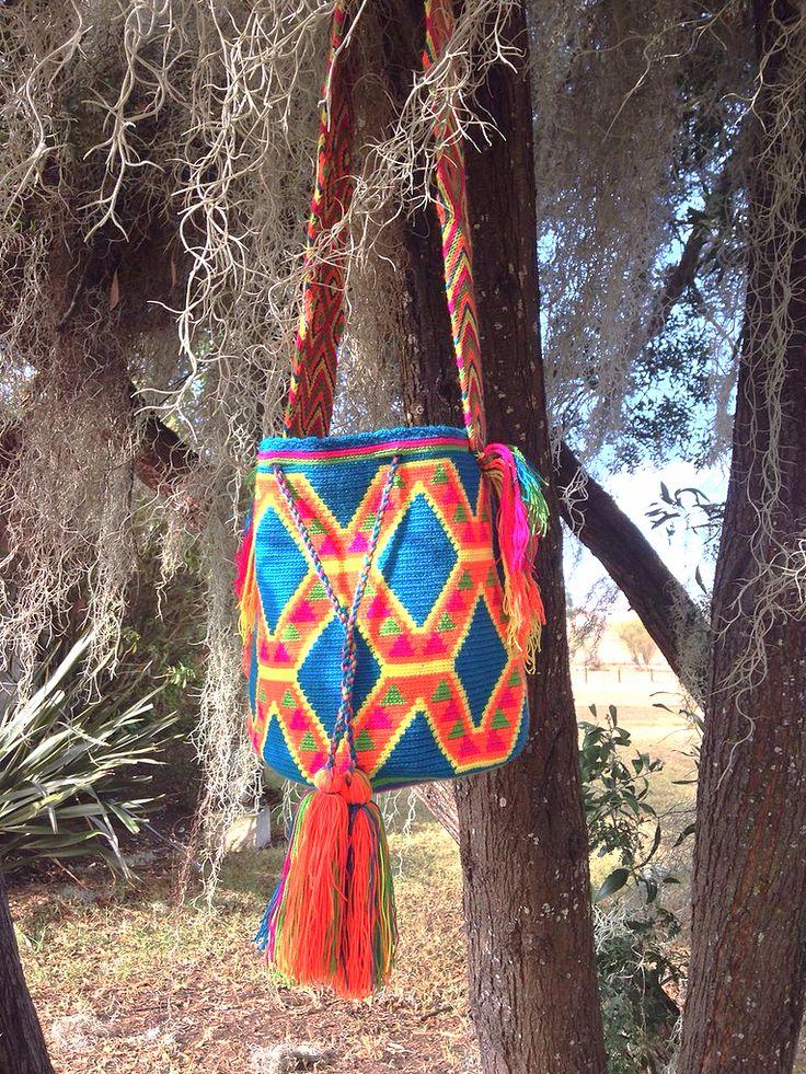 WAYA exclusive Wayuu bag for the boho handmade lovers!