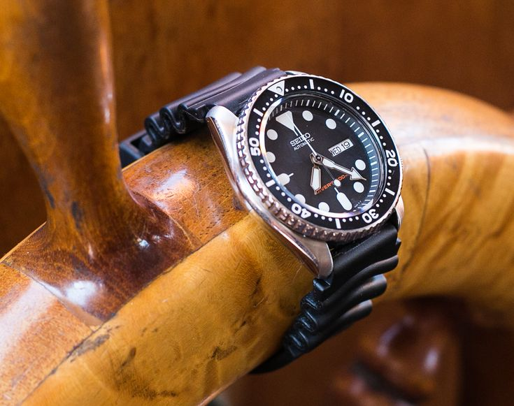 Seiko SKX007 Dive Watch Unboxing   Dive Watches Blog