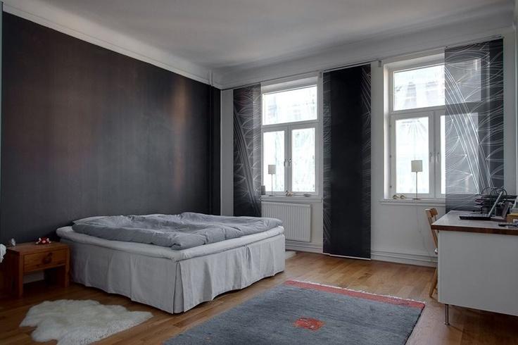 Svart vägg sovrum?? Husinspo Pinterest Svart och Sovrum