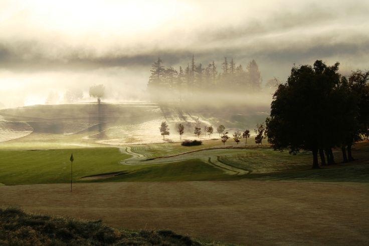 Remarkables Nine looks stunning this morning #millbrookresort #foggymorning