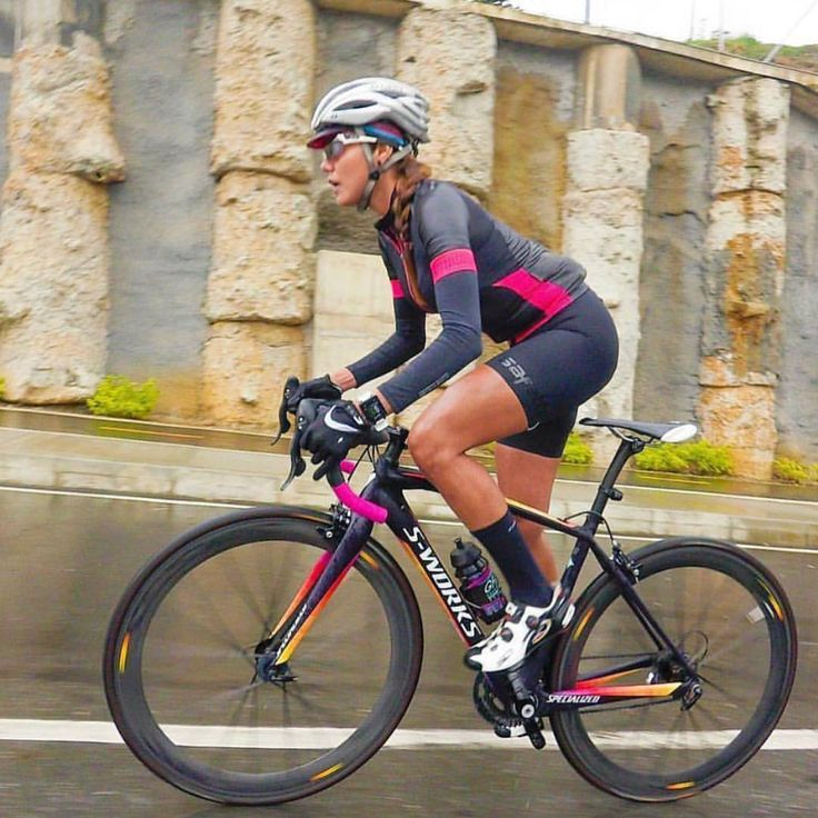 Hard. #miamiridelife #ride #cycling #cycle #cyclist #sport #bicycle #miami #usa # fit #fitness #yoga #sport #gym #athlete #fitnessmotivation #girls #mrlbyrb #bicicleta #bike #girl #boy #велосипед #自行車 #fiets #velo #Fahrrad #bicicletta #sports @soragiraldo