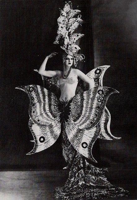 Woah. Stunning costume... Folies Bergere 1909