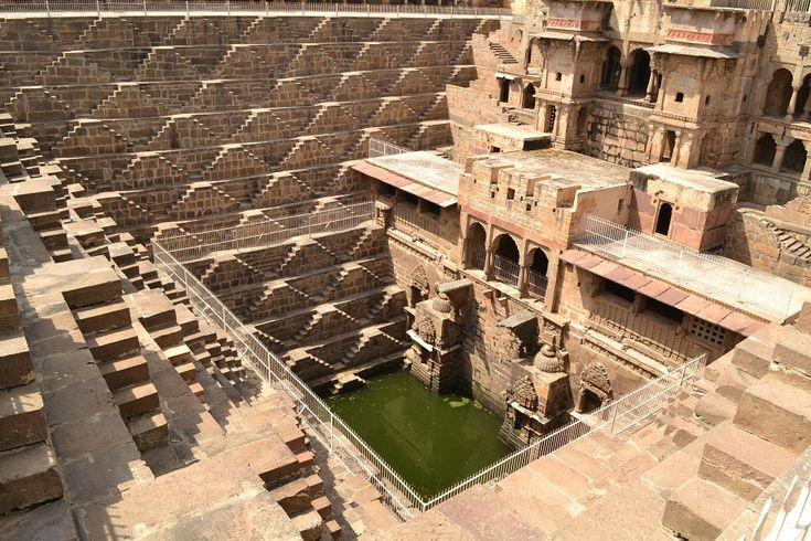 Il pozzo indiano di Chand Baori: superiore rispetto ai moderni progetti idraulici