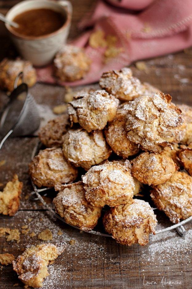 Biscuiti cu Corn Flakes pentru mic dejun. Reteta biscuiti cu fulgi de porumb. Nu va ramane decat sa incercati reteta de biscuiti cu cornflakes.