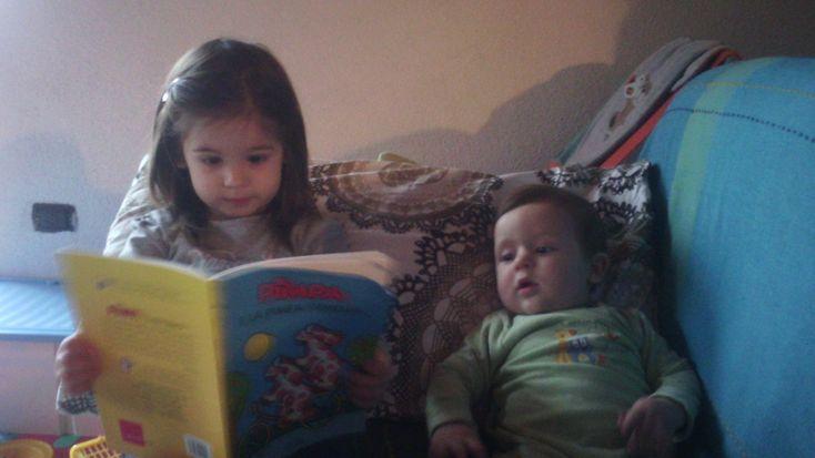 Il mio modesto parere su smartphone, computer, tablet & Co è negativo per bambini sotto ai 2 anni (anche l'accademia americana di pediatria sconsiglia il loro utilizzo per bambini 0-24 mesi e c…