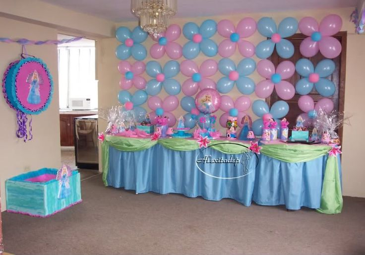 Arreglos para un baby shower decoracion con globos para for Mesa baby shower nino