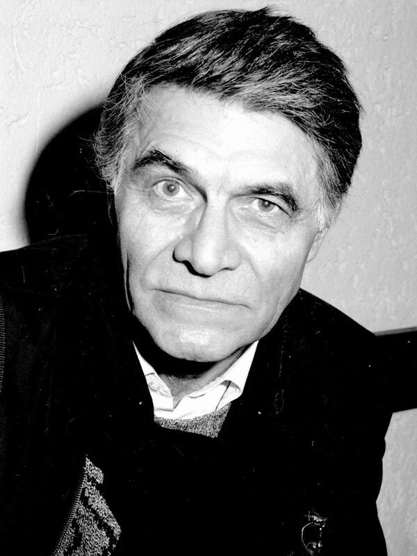 "R.I.P. George Motoi, Romanian actor and director. He also was the manager of the National Theatre in Braila. Born on January 22, 1936, he is an best known for movies such as ""Intoarcerea lui Voda Lapusneanu"" (1980), ""Trandafirul galben"" (1982) and ""Adela"" (1985). Very nice  person and a gentleman."