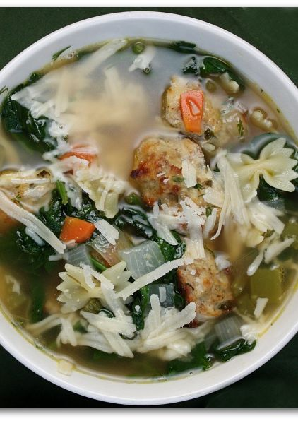 Italian Wedding Soup Recipe ~ This soup is UN-BELIEVABLY good... chock-full of meatballs and pasta and vegetables