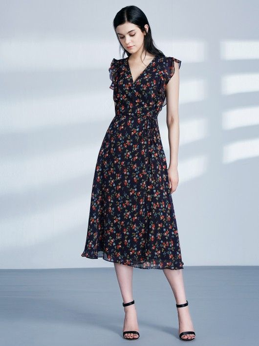 b161da5225e Retro Floral Print V Neck Midi Wrap Dress  casualdress  printdress   vneckdress  EverPretty  floraldress