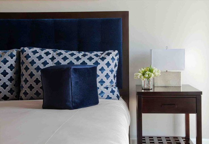 ideas about peacock blue bedroom on pinterest peacock paint colors