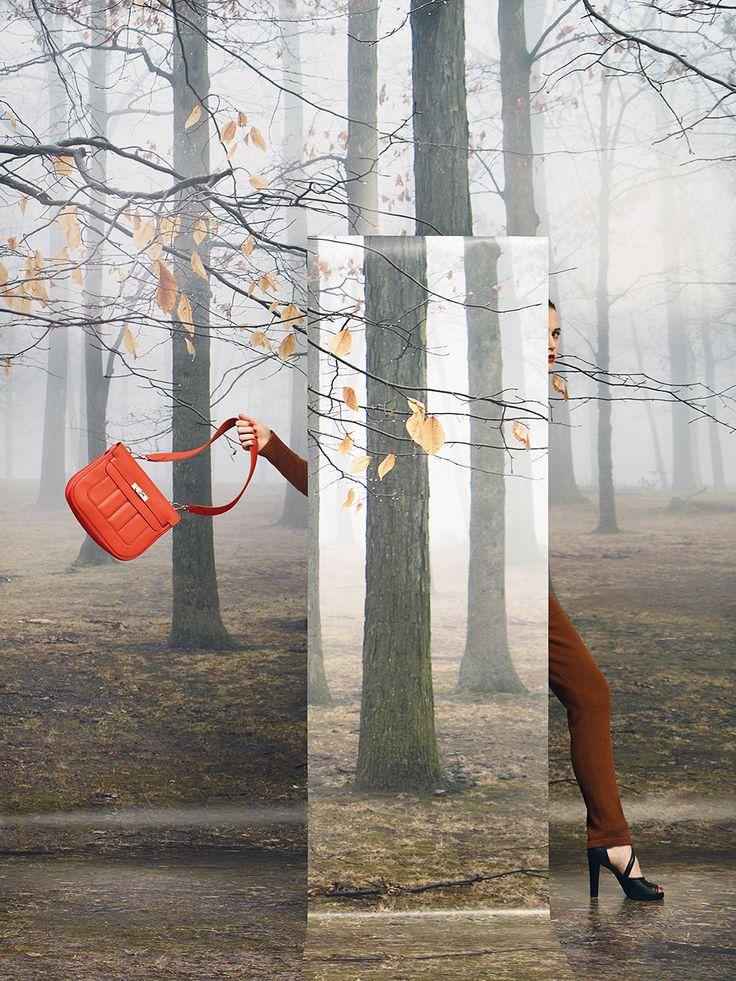 "Le Monde d'Hermès n°63. ""Berline 28"" bag in nasturtium Swift calfskin. ""Hurry"" sandals in black calfskin. #hermes #fashion"