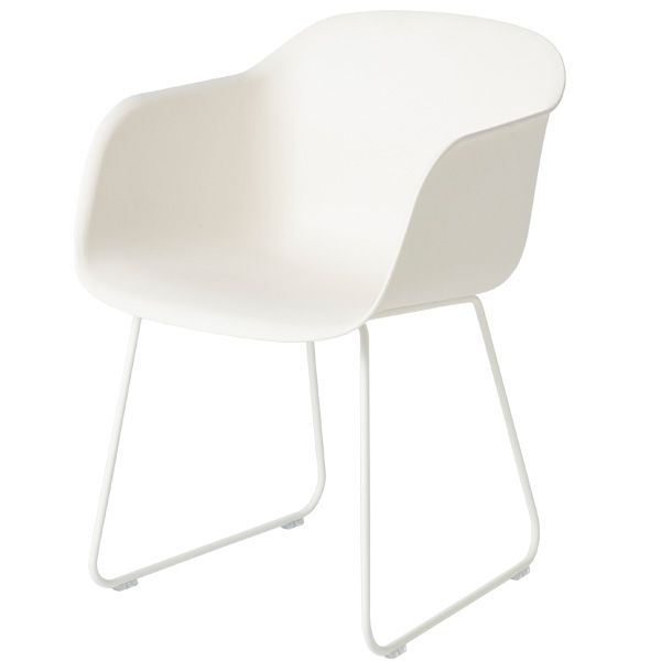 Fiber chair, sled base, white, by Muuto.
