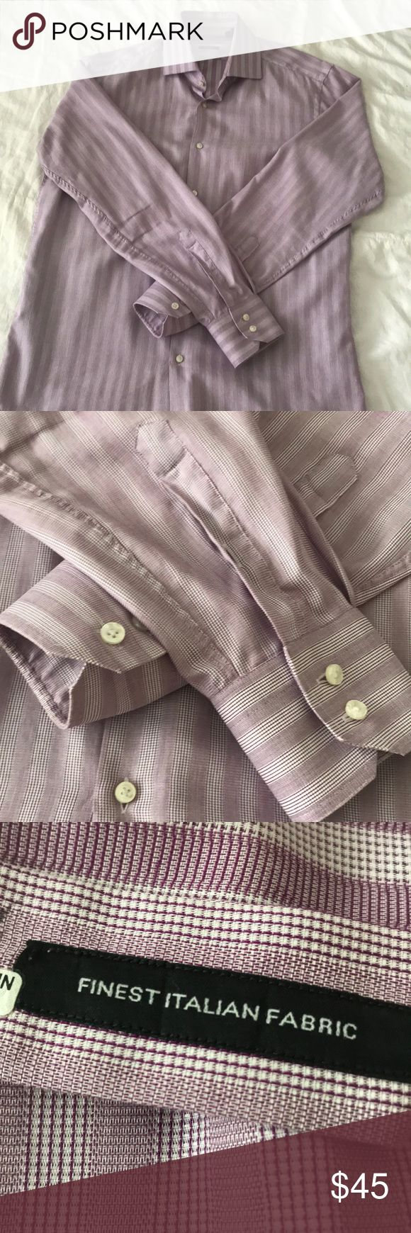 Hugo Boss long sleeve dress shirt Men's Hugo Boss dress shirt. Made of incredibly Italian fabric. 16 1/2 inch neck. Size 42. Regular fit. A beautiful burgundy pattern. Hugo Boss Shirts Dress Shirts