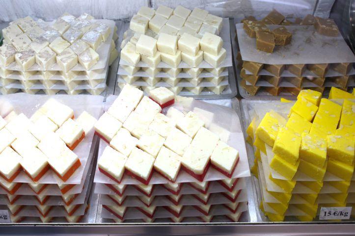 Ganesha Sweets - patisserie indienne et sri lankaise Paris - rue Perdonnet 3