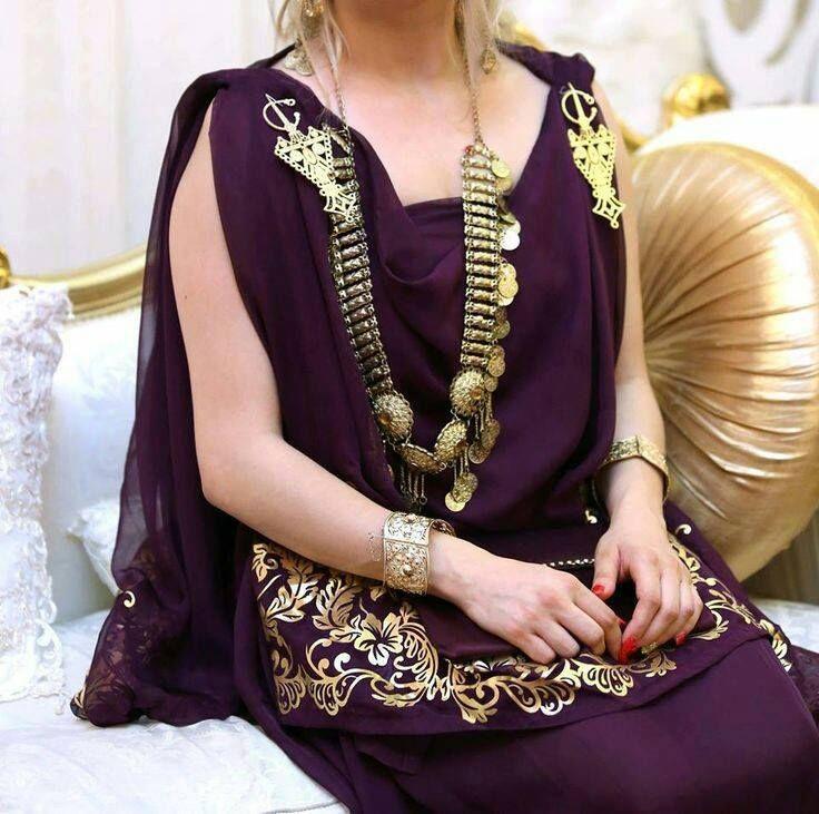 Les 386 meilleures images a propos de robe kabyle et for Vente robe chaoui