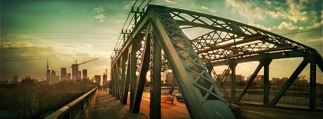 Queen St Bridge
